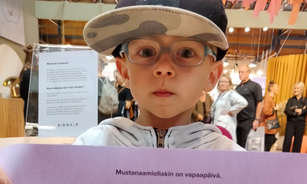 3,5-vuotiaalla Lukaksella on silmälasit.